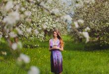 Фотосессия в цветущем саду. Яна