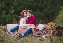 Осенняя Lovestory в сосновом лесу. Лена + Вова