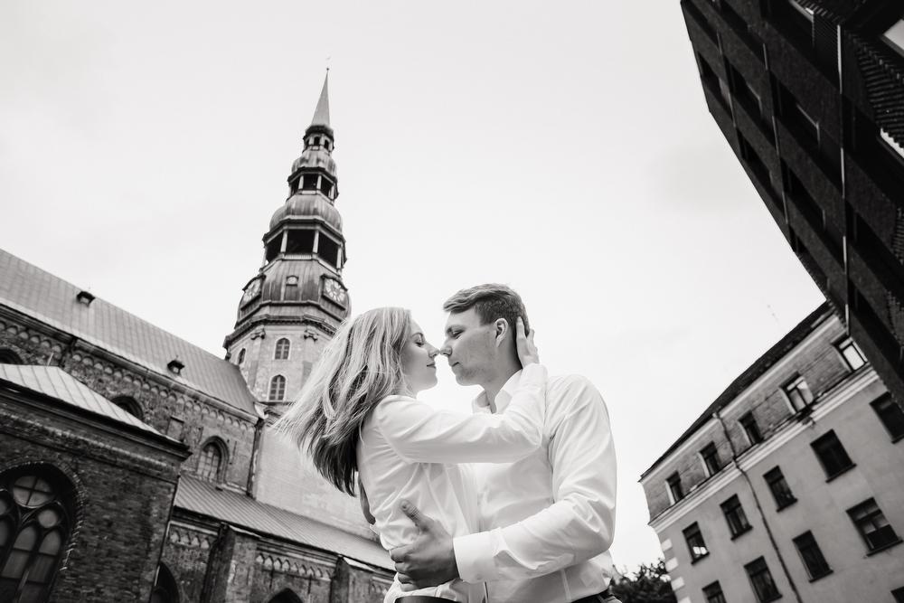 https://annarozova.com/wp-content/uploads/2020/01/18-Lovestory-Riga.jpg
